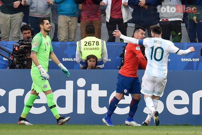 Medel ile Messi fena kapıştı! Kırmızı kartlar havada uçuştu
