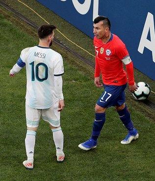 Gary Medel çıldırdı! Messi'ye...