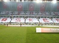 Sivasspor tribünlerinden 'Afrin' koreografisi