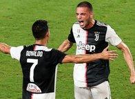Cristiano Ronaldo'dan Merih Demiral'a asker selamı!