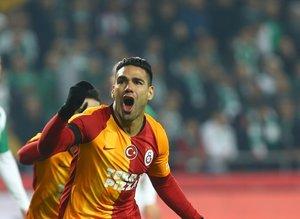 Galatasaray'da Radamel Falcao sürprizi! Mesajı verdi ve...