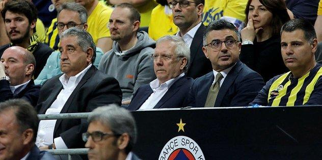 Fenerbahçe yönetimi prim sisteminde değişim kararı aldı