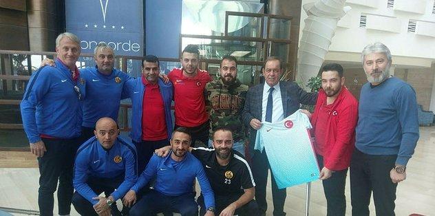 Şampiyonlar Eskişehirspor'u ziyaret etti