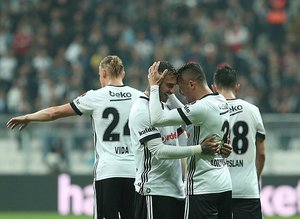 Beşiktaş evine güveniyor