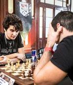 Tarihi Sirkeci Garı'nda satranç şöleni