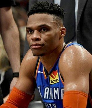 Thunder Westbrook ile kazandı