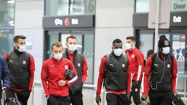 Sivasspor Medipol Başakşehir maçı için İstanbul'a gitti