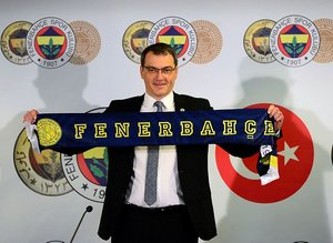 Fenerbahçe'de 11 isim yolcu