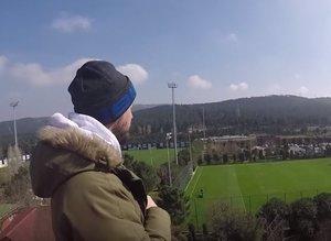 Fenerbahçe antrenmanını çatıdan izledi