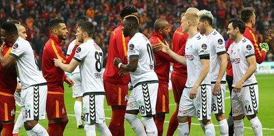 """""""Galatasaray ölüp ölüp dirildi"""""""