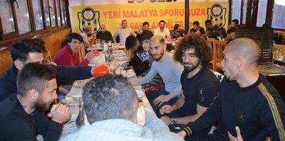 Fenerbahçe maçı öncesi Malatyaspor'a moral yemeği