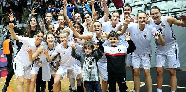 """""""Dünya bir tarafa Beşiktaş bir tarafa"""""""