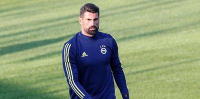 Volkan Demirel, Fenerbahçe'de kaldı