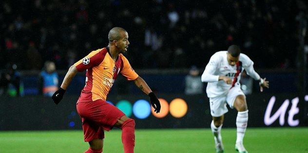 Galatasaray'da Mariano yan çizdi - Futbol -