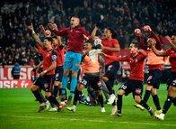 Ligue 1'de Lille PSG'yi farklı geçti!