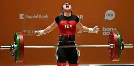 Milli halterci Şaziye Erdoğan şampiyon oldu