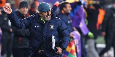 Mustafa Reşit Akçay: Çok mutluyum