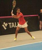 Çağla Dubai Tenis Şampiyonası'na veda etti