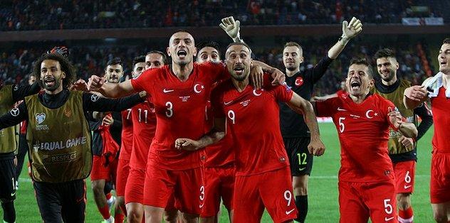 Emre Belözoğlu Fransa maçında forma giyemeyecek