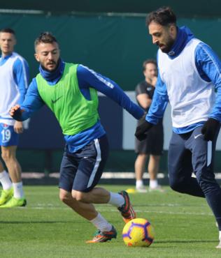 Kasımpaşa'da Aytemiz Alanyaspor maçı hazırlıkları sürüyor