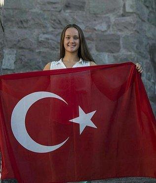 Bakan Kasapoğlu'ndan Viktoria Zeynep Güneş'e tebrik mesajı