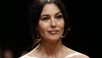 Monica Belluci Türkiye'ye geliyor! Tek kişilik tiyatro...