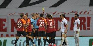 alper ulusoy infial yaratti turk hakemligine utanc gecesi yasatti 1592866917312 - Olaylı Galatasaray maçı dış basında yankı buldu! ''Delilik gecesi''