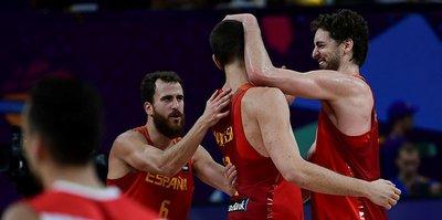 İspanya yarı finalde
