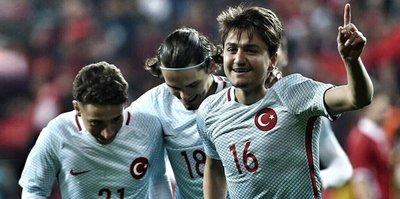 Başakşehir'den Cengiz Ünder açıklaması