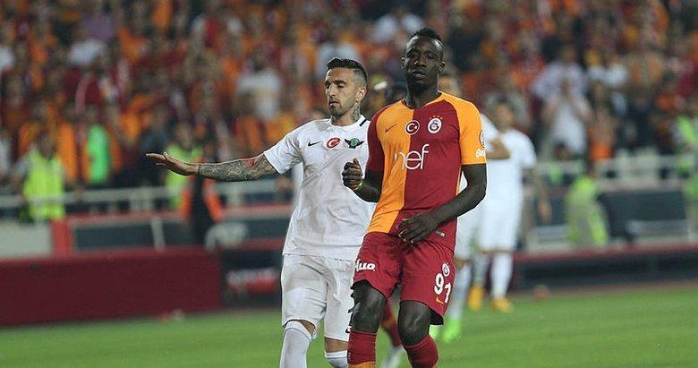 ''Diagne Galatasaray tarihinin en kötü forvetidir''