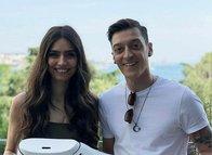 Mesut Özil'in eşi Amine Gülşe'den flaş Fenerbahçe sözleri!