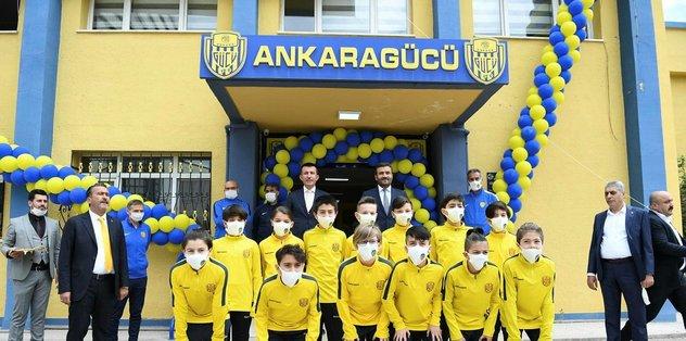 Tandoğan tesisi açıldı - Futbol -