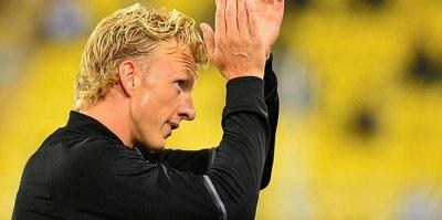 F.Bahçe transferde rotayı çizdi: Dirk Kuyt!