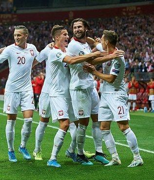 Rusya ve Polonya finalleri garantiledi