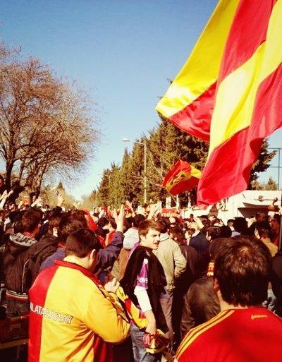 Dev derbi öncesi Galatasaraylı taraftarlar