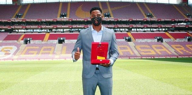 Galatasaray'da yılın futbolcusu Ryan Donk! - Futbol -