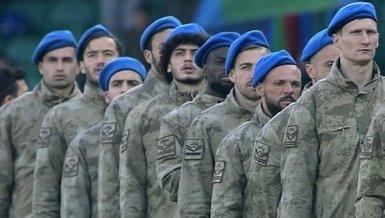 Rizesporlu futbolcular askeri kamuflajla sahaya çıktı