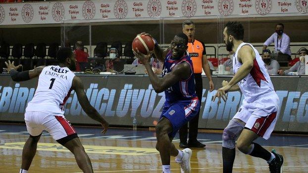 Empera Halı Gaziantep Basketbol 60 - 68 Anadolu Efes #