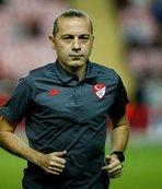 Cüneyt Çakır'a Şampiyonlar Ligi'nde görev!