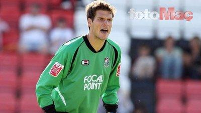 İngilizler Fenerbahçe'nin Asmir Begovic'i transfer etmek istediğini iddia etti