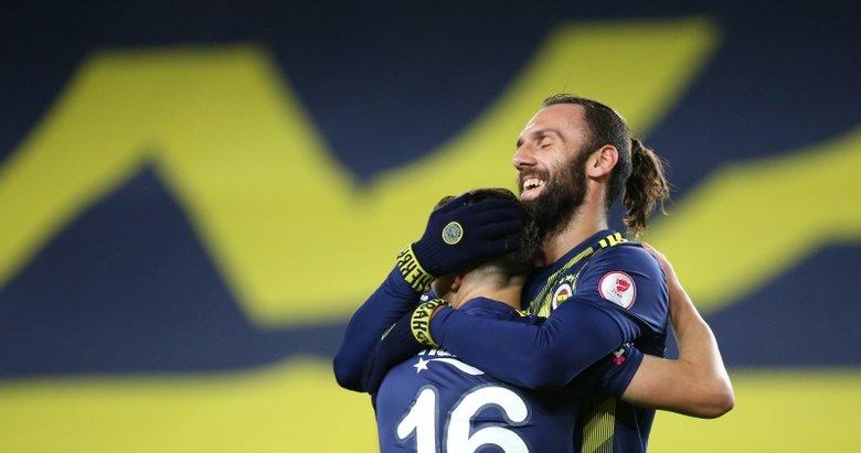 Geceye damga vuran an! Ferdi'nin şovundan sonra Ersun Yanal... (Fenerbahçe - İstanbulspor maçından kareler...)