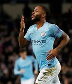 Manchester City'de Sterling'in sözleşmesi uzatıldı