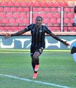 Akhisarspor Rodallega'yı geri istiyor