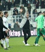 """Beşiktaşlı futbolcudan isyan! """"Çıkar beni hocam"""""""