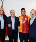 Falcao'nun ayrılık kararını duyurdu! Mustafa Cengiz...