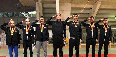 Tekvandocular, 7 madalyayla dönüyor