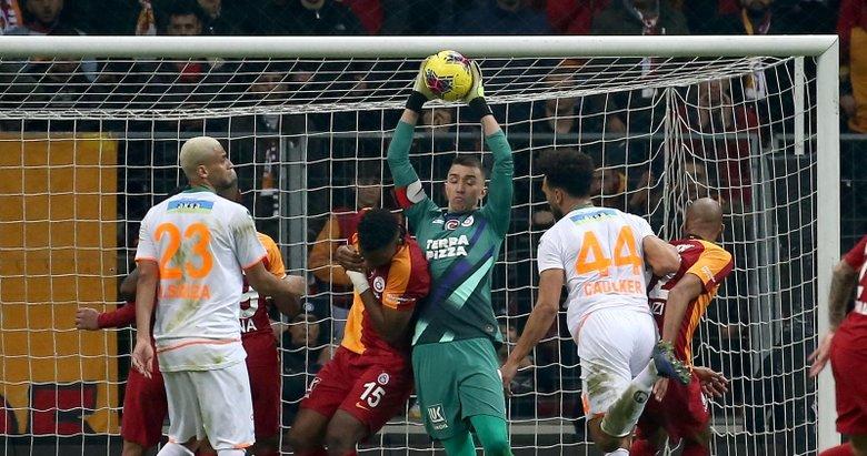 Galatasaray - Alanyaspor maçının sineması