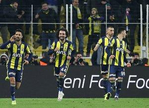 Fenerbahçe'den derbi öncesi şok karar!