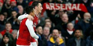 Mesut derbide Arsenal'e can verdi!