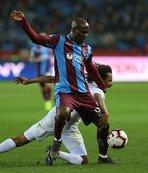 Trabzonspor'da Nwakaeme seriye bağladı